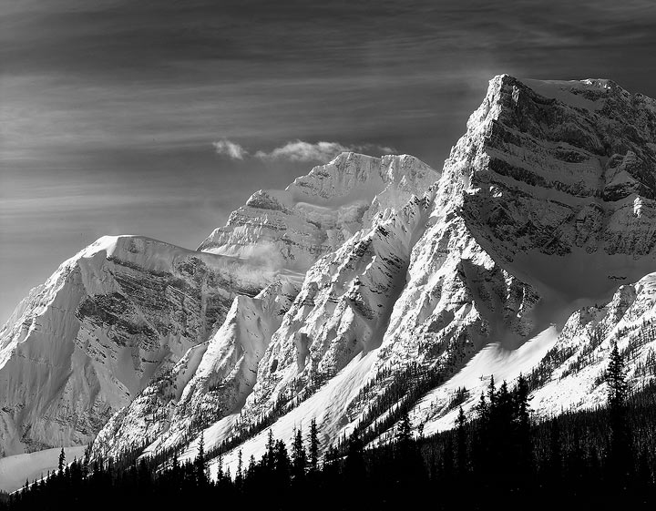 Canadian Rockies,Banff National Park,Winter,Ice Fields Parkway               	, photo