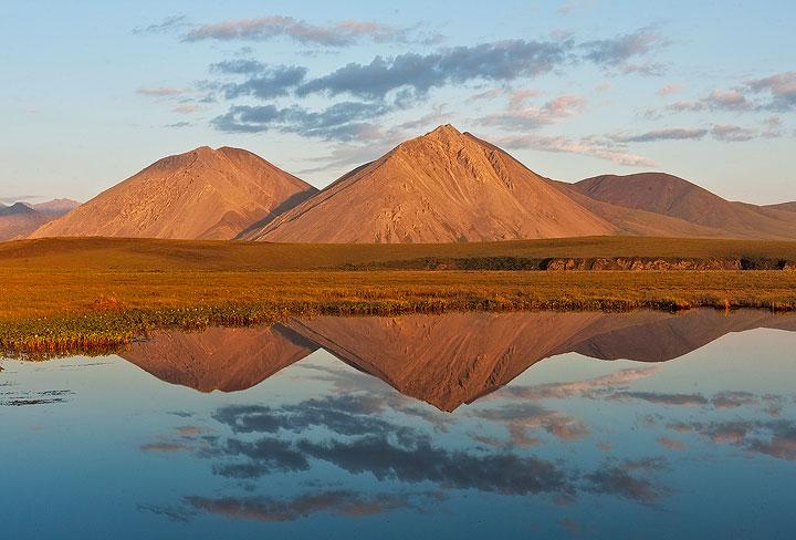 Brooks Range, ANWR, Arctic National Wildlife Refuge,Canning River, photo